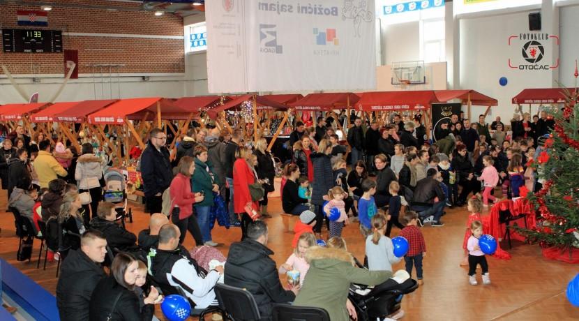 """Poziv članicama PK USK za učešće na 12. Međunarodnom Božićnom sajmu u okviru manifestacije """"Advent u Otočcu"""""""